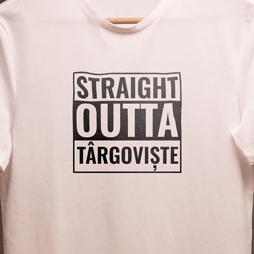 tricou personalizat cu stright outta, 03