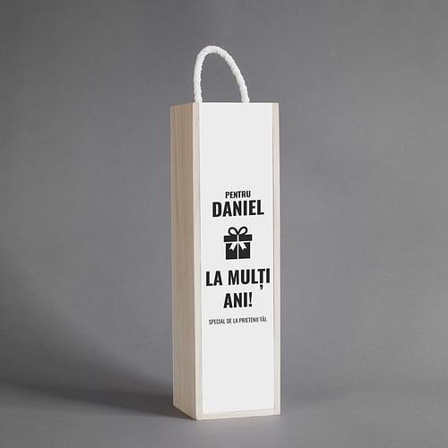 Cutie de vin personalizata cu text onomastic, 02